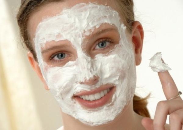 Exfoliating Gesichtsbehandlung zu Hause. Wie loswerden Hautschälung ...